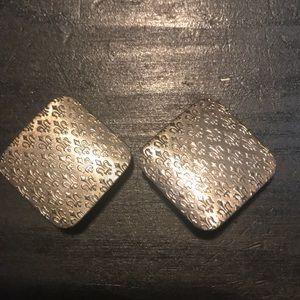 Jewelry - 🌟in a bundle only🌟 Vintage Fleur de Lis earrings